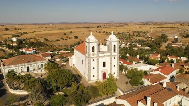 """Castro Verde: reabilitação da Basílica Real """"continua a avançar"""""""