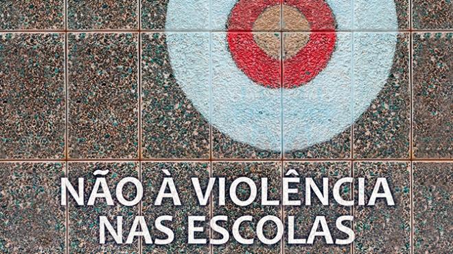 """""""#NãoSouUmAlvo"""" Campanha nacional contra a violência nas escolas"""