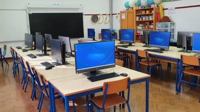 Centro Escolar nº1 de Castro Verde tem nova sala de informática