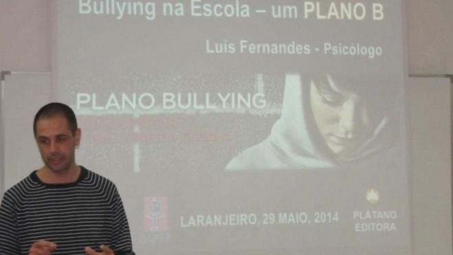 """Bullying é o tema em destaque no """"Preto no Branco"""""""