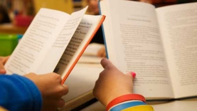 """Conferência """"Para cuidar da infância-o livro e a leitura"""" em Mértola"""