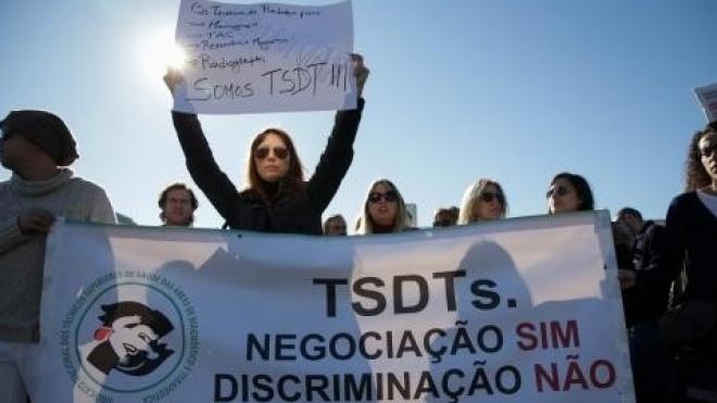 Técnicos de diagnóstico e terapêutica em greve por tempo indeterminado