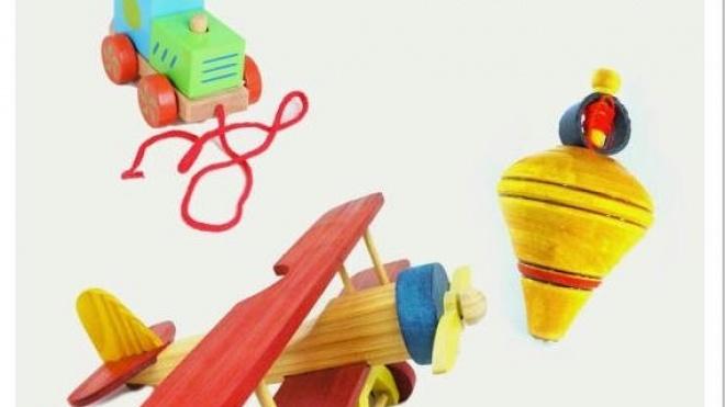 Ourique apresenta exposição de brinquedos em madeira