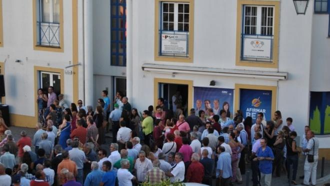 Sede da CDU com espectáculo de viola campaniça