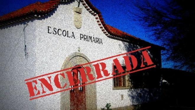 Protesto contra encerramento de escolas