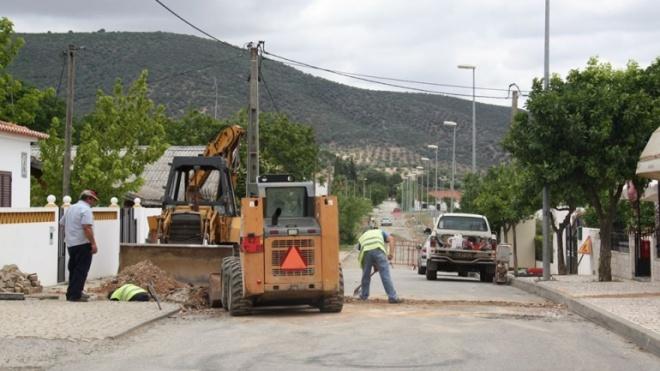 Autarquia de Serpa com intervenção em diversas ruas do concelho
