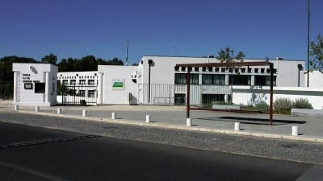 """EB de Santiago Maior """"escola de referência"""" em Beja"""