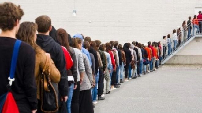 Quem não der prioridade nas filas arrisca ser multado