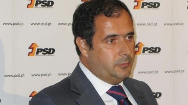 Mário Simões reúne com presidente da REFER