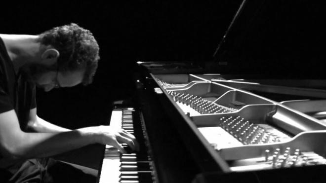 O pianista Júlio Resende toca em Beja