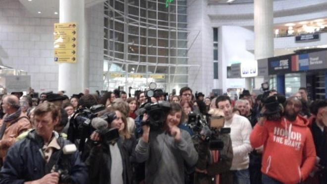 Comitiva de Serpa recebida em festa no aeroporto