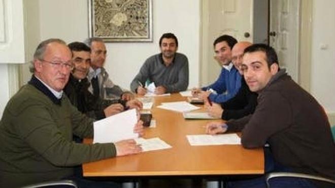 Serpa assina acordo para manutenção das 35 horas semanais