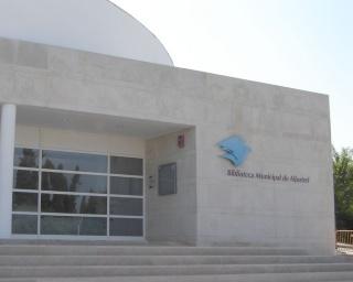 Aljustrel: Biblioteca com exposições sobre Direitos Humanos e das Crianças