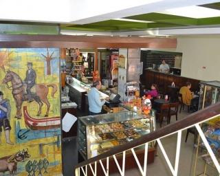 """Legislativas: """"Café com o candidato"""" arranca no Luiz da Rocha"""