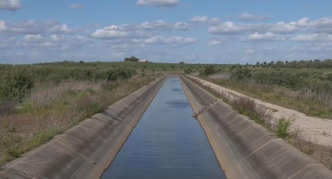 canal água