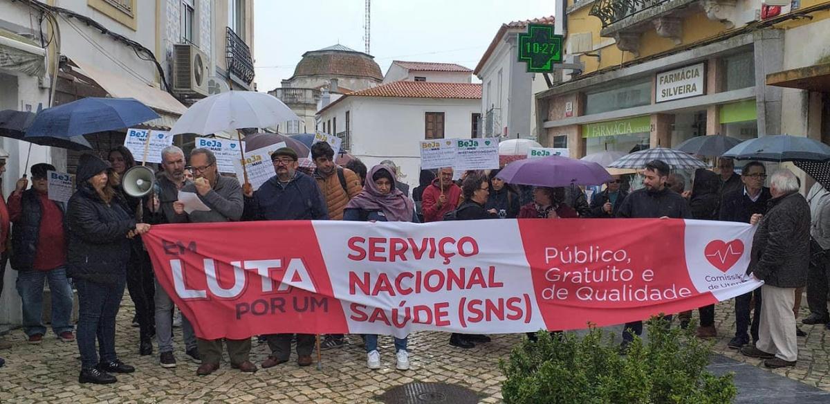 Marcha da Comissão de Utentes em defesa da Saúde