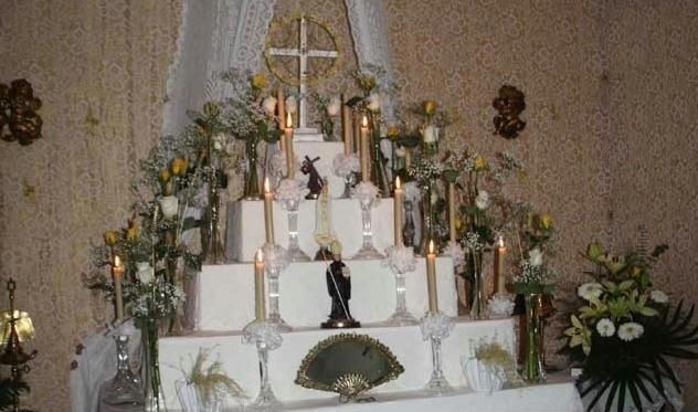 festas santas cruzes