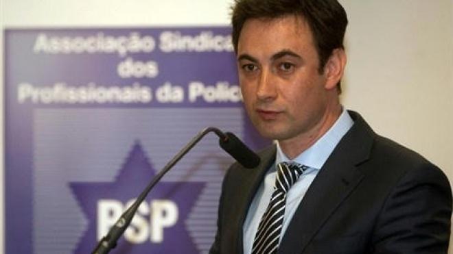 """Dirigente nacional da ASPP/PSP no """"Preto no Branco"""""""