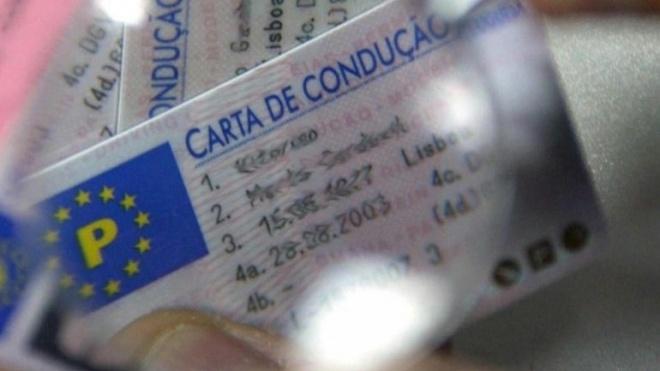 Já se pode renovar/substituir carta de condução na Internet