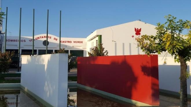 Castro Verde: autarquia atribuiu subsidio de 10 mil euros aos bombeiros