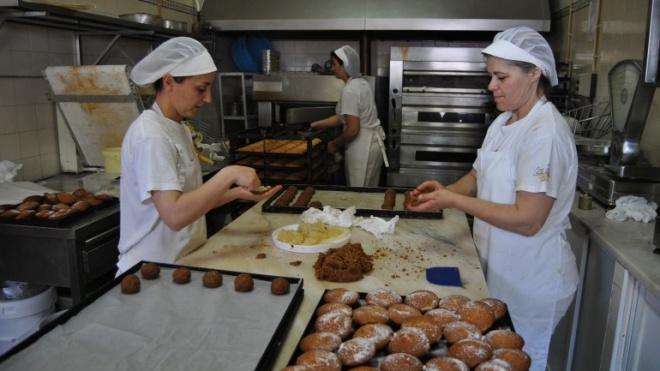 Oficina de Doces aposta nos biscoitos de mel e de azeite e nas compotas