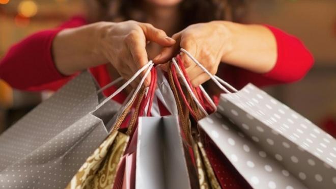 Os portugueses vão aumentar os seus gastos neste Natal