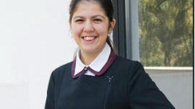 Curso de turismo com uniforme para alunos