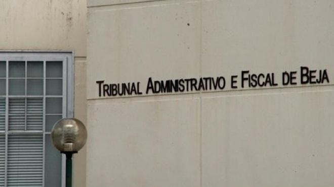 Fenprof recorre aos tribunais para repor carreiras