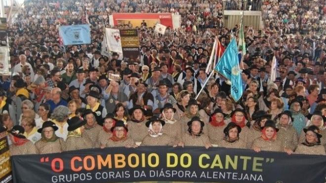 Comboio do Cante reuniu mais de 500 participantes na Ovibeja