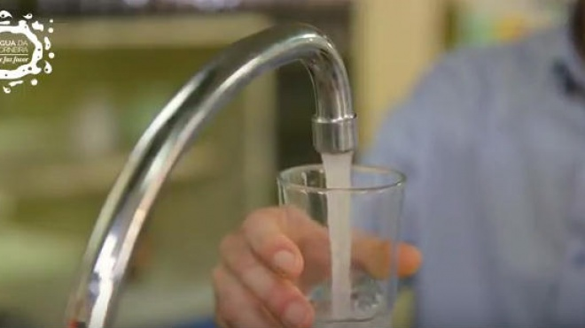 Campanha da EMAS apela ao consumo de água da torneira