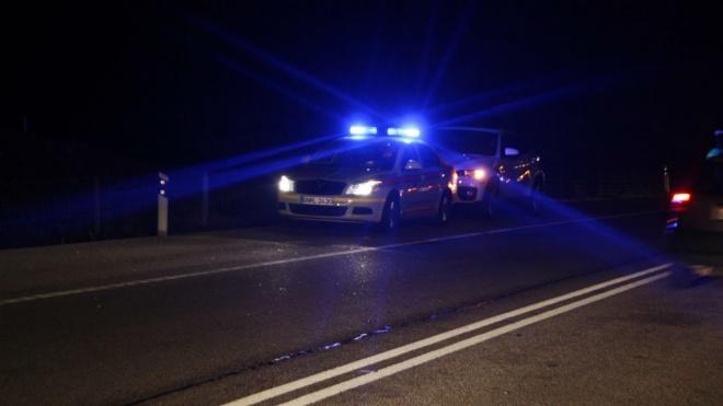 Três mortos e dois feridos graves em colisão de dois automóveis