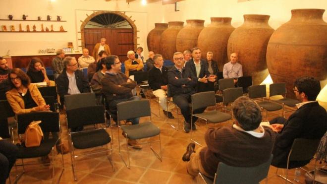 Vidigueira reuniu-se com produtores de vinho de talha