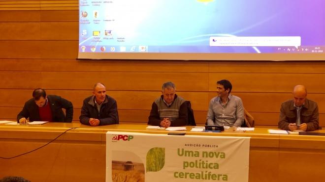 """""""Portugal tem, no mundo, o mais baixo grau de abastecimento de cereais"""""""