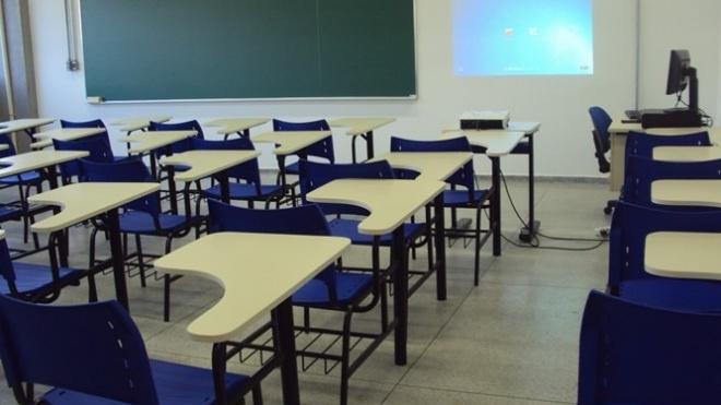 Funcionários das escolas em greve a 21 e 22 de Março