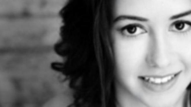 A fadista Beatriz lança hoje o seu novo single composto por Jorge Benvinda