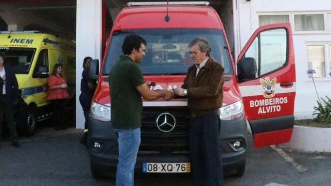 UCASUL ofereceu ambulância aos Bombeiros Voluntários de Alvito