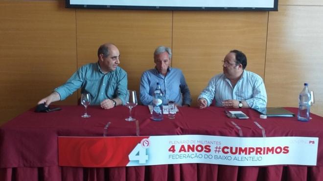 João Cravinho anunciou escola de pilotagem de aviões a jato para Beja