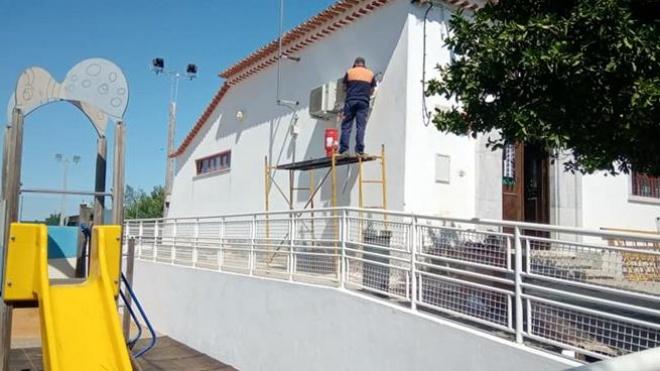 Câmara de Beja instala aparelhos de AC nas escolas do concelho