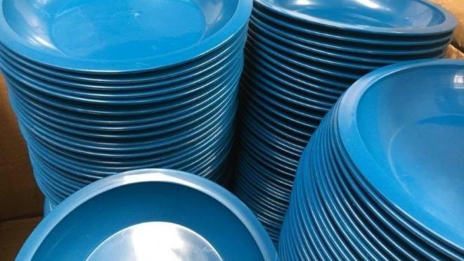 Louça de plástico de utilização única proibida na restauração