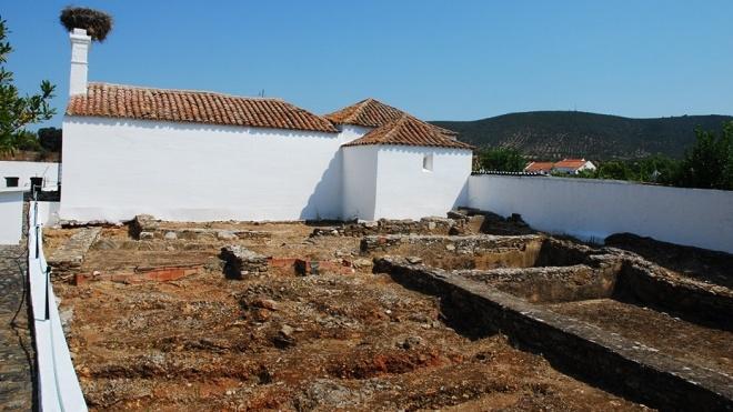 """Em Serpa """"Arqueologia nas Freguesias: 7 sítios, 7 histórias"""""""