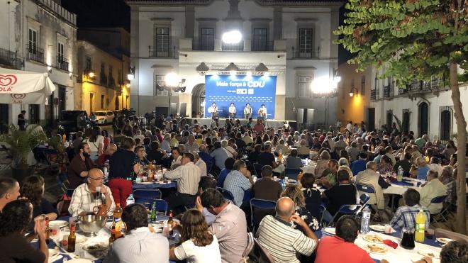 CDU com praça cheia em Serpa