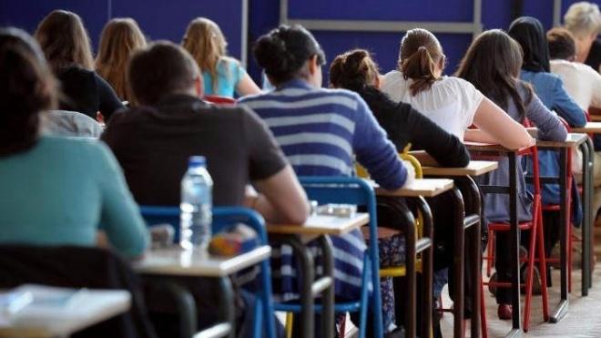 Câmara de Aljustrel assume passes do transporte escolar na íntegra