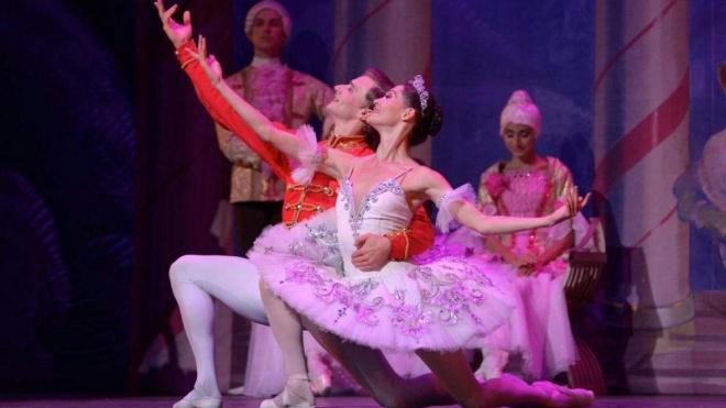 Beja recebe o Quebra-Nozes pelo Russian Classical Ballet