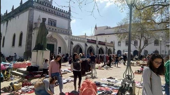 Mercado Livre no Largo do Museu