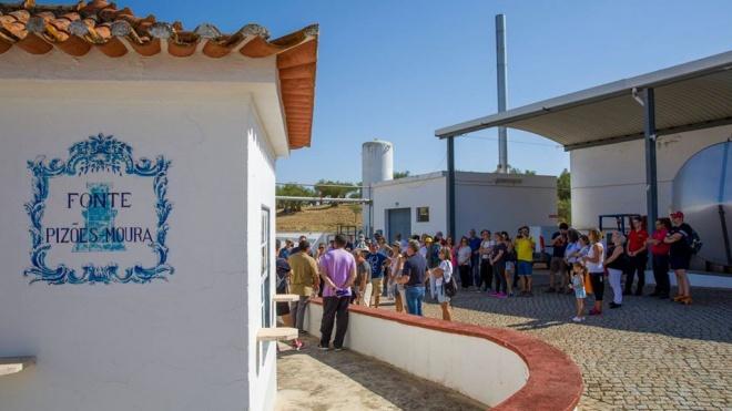 Câmara de Moura e a Mineraqua Portugal assinam protocolo