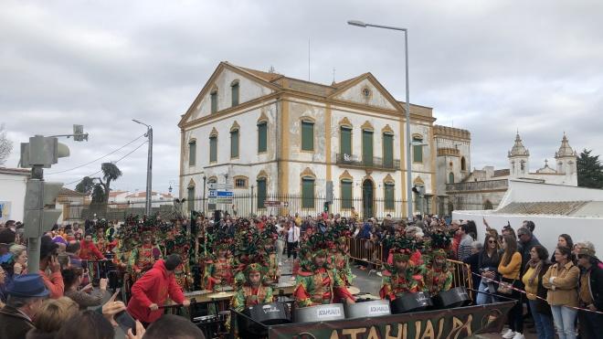 Mais de mil foliões são esperados no Carnaval de Cuba
