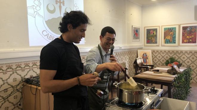 """Carlos Afonso: """"Comer é um ato de conforto"""""""