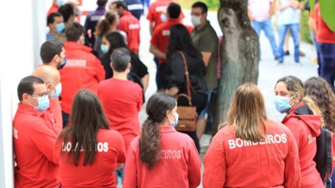 Bombeiros e equipas da Cruz Vermelha fizeram testes serológicos