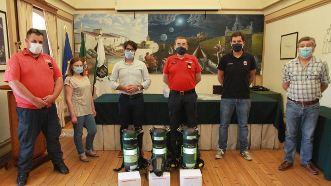 Vidigueira oferece equipamento aos Bombeiros Voluntários da vila