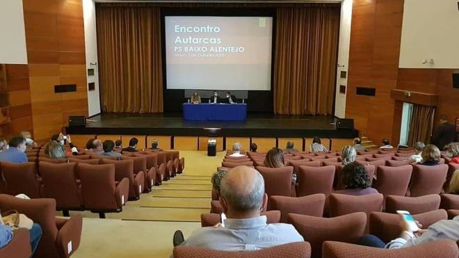 """PS do Baixo Alentejo assume o """"desígnio regional de travar a sangria demográfica"""""""